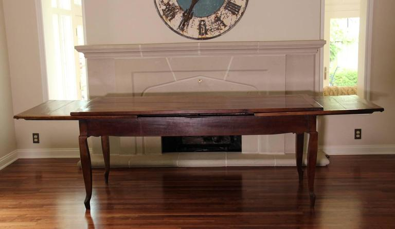 18th Century French Louis XV Antique Cherrywood Double Extension Farmhouse Table 10