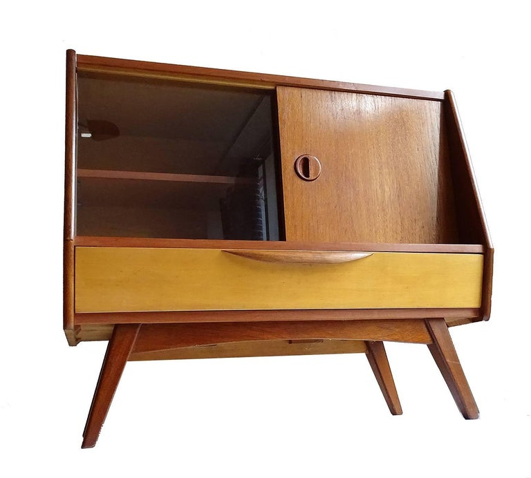Middle size cabinet / sideboard, Danish Mid-Century Modern design from the Netherlands,