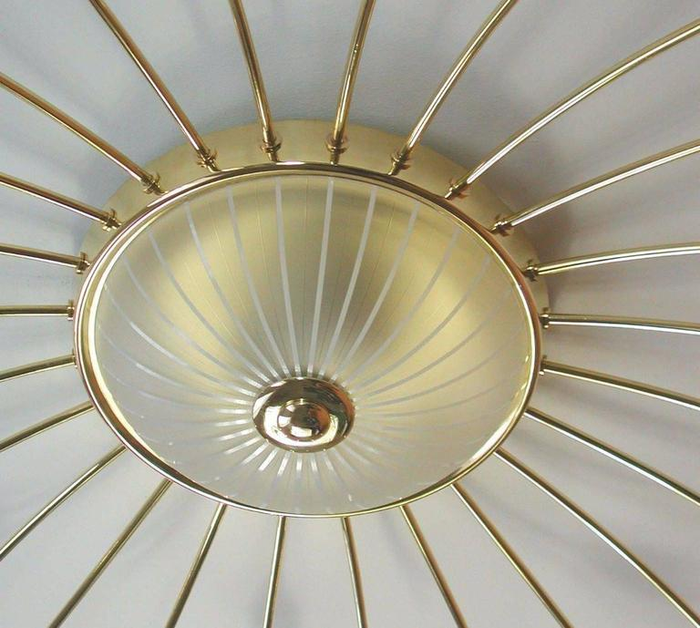 Large Mid Century Modern Sputnik Ceiling Chandelier, Stilnovo Style, Brass Glass For Sale 4