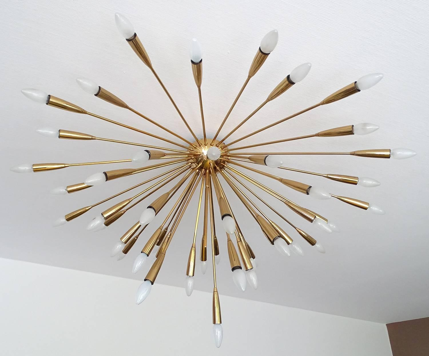 Large 44 light supernova kalmar brass sputnik sunburst chandelier large 44 light supernova kalmar brass sputnik sunburst chandelier 1950s for sale at 1stdibs aloadofball