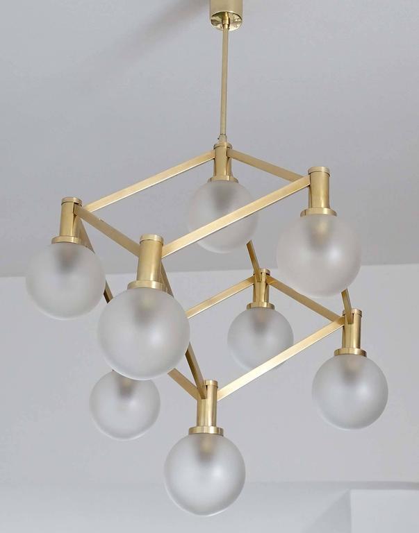 Sciolari Glass and Brass Chandelier, 1960s Modernist Stilnovo Pendant Lamp For Sale 3