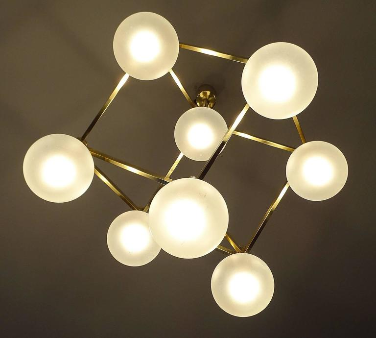 Sciolari Glass and Brass Chandelier, 1960s Modernist Stilnovo Pendant Lamp For Sale 2