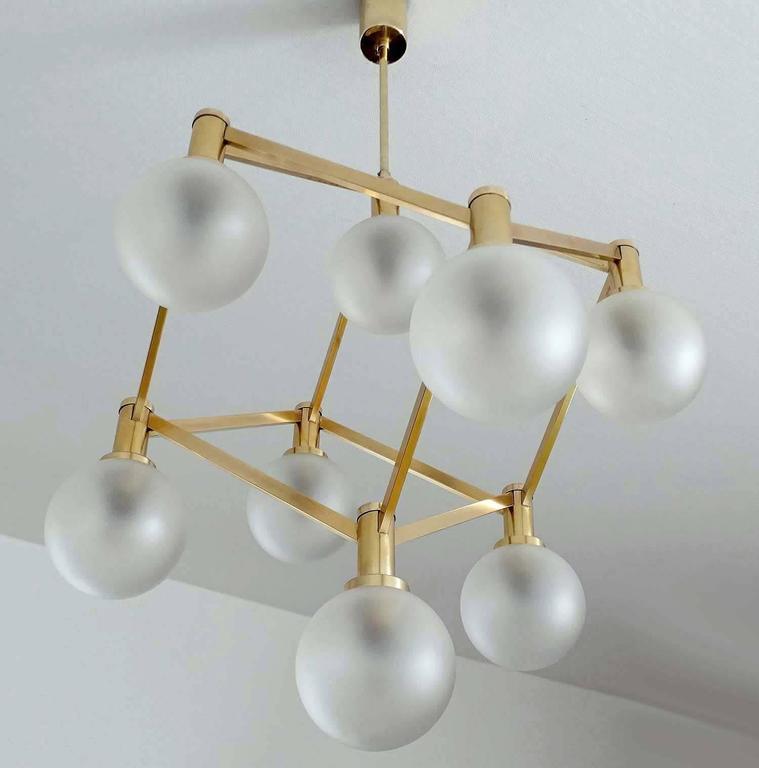 Sciolari Glass and Brass Chandelier, 1960s Modernist Stilnovo Pendant Lamp For Sale 1