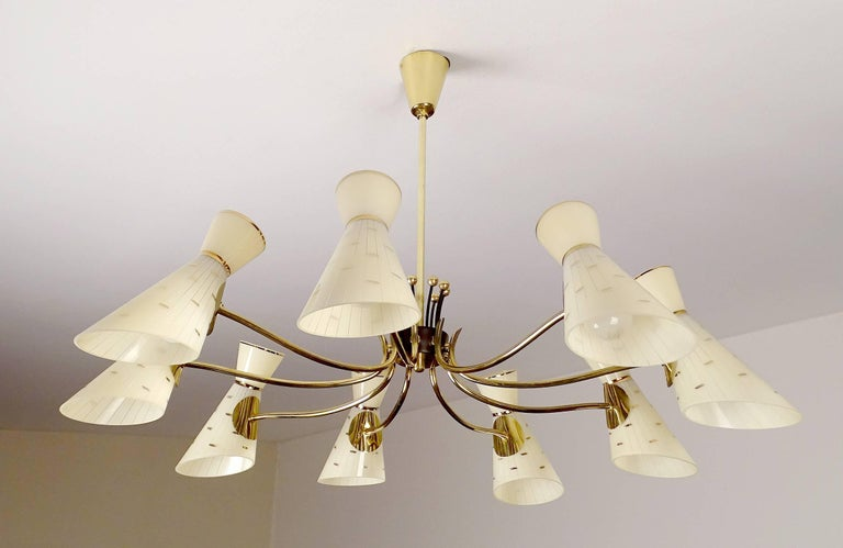 Mid-Century Modern Large Italian Diabolo Glass Shades and  Brass Chandelier Pendant Light, 60s For Sale