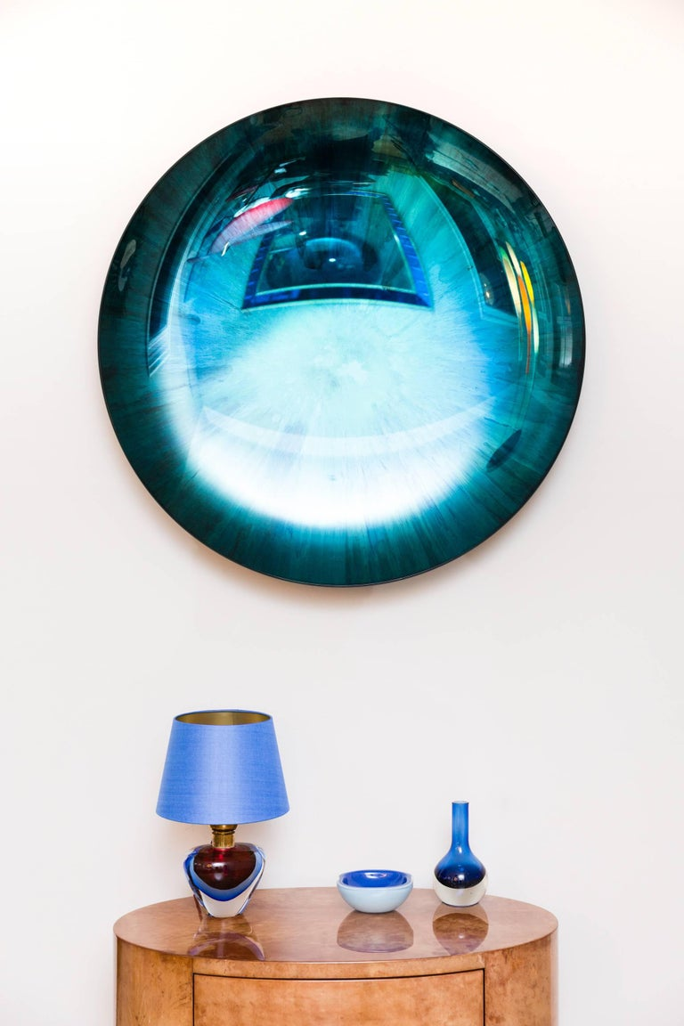 Amazing mirror object by Christophe Gaignon, France 2017, unique piece, concave mirror glass bowl, blue and green reflections, brass mount suspension, signed on the backside. Perfect condition, diameter 87 cm, depth 12,5 cm.