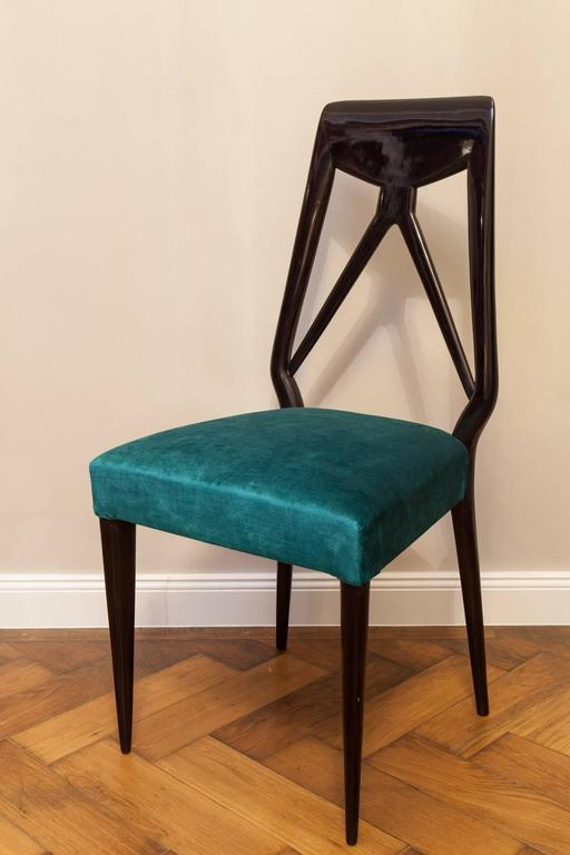 Set of six Vittorio Dassi Chairs, Italy circa 1950 For Sale 1