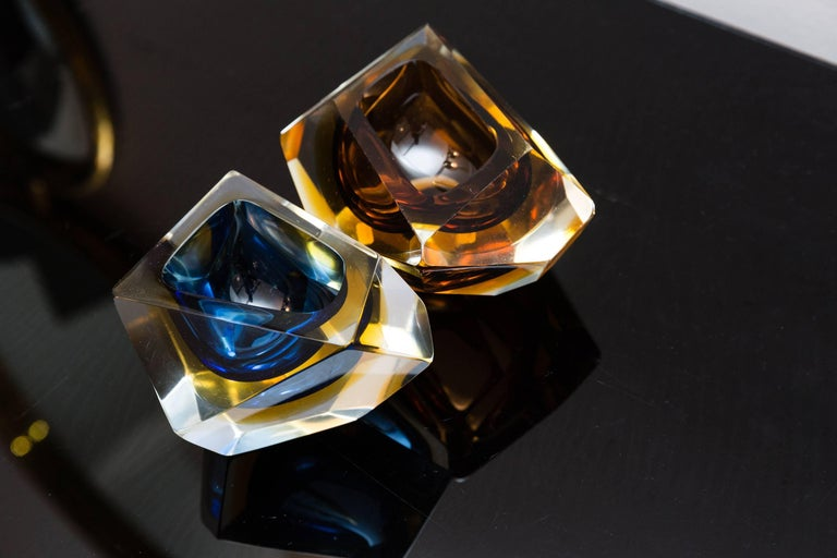Set of Two Murano Glass, Bowls by Sommerso, Italy, circa 1960 For Sale 1