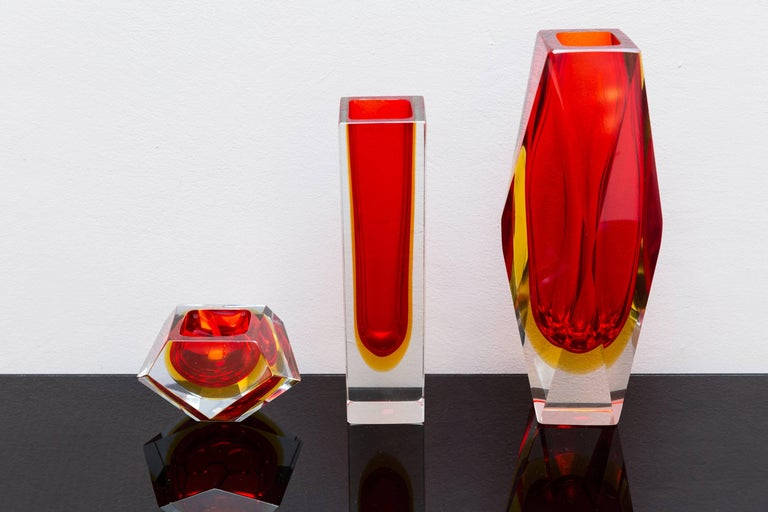 Set of Three Red Color Murano Glass Vases, Prod Sommerso, Italy, circa 1960 9