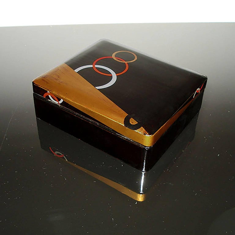 Art Deco Lacquered Box, France, circa 1930 For Sale 1