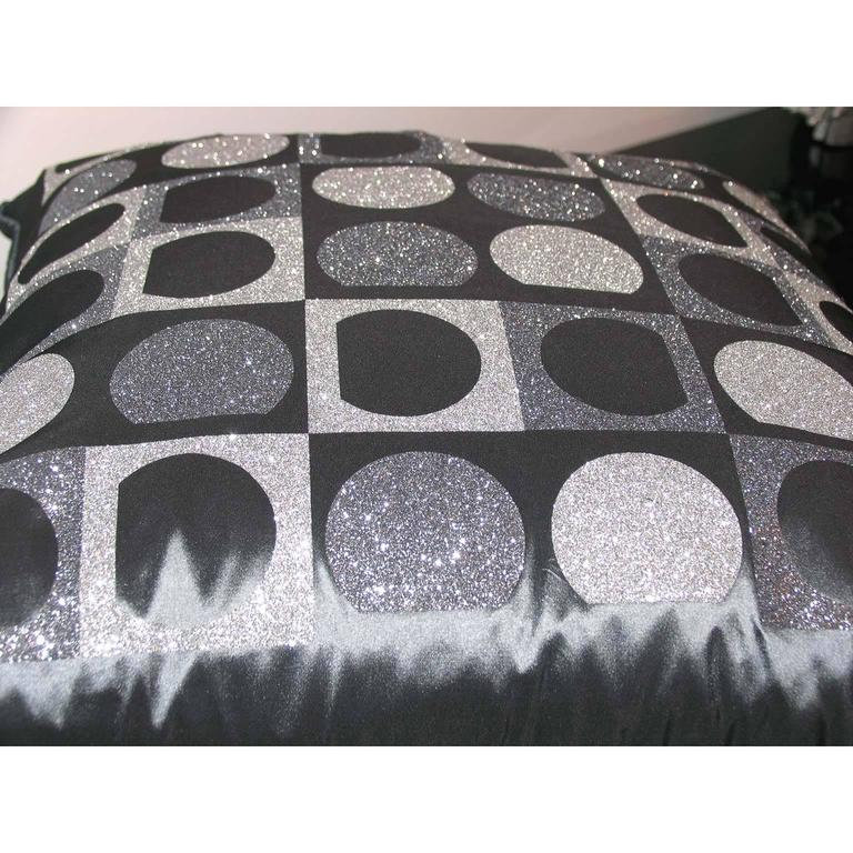 "Contemporary Pair of Decorative Glitter Pillows, Philosophy Pillows ""Vasarely"" For Sale"