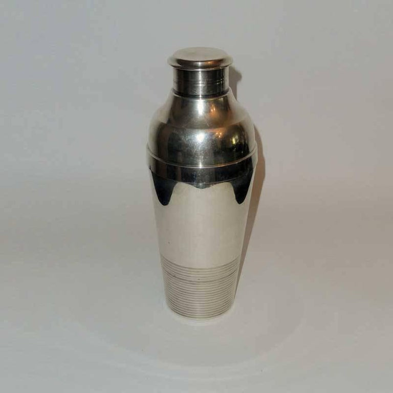Art Deco Cocktail Shaker by Christofle Gallia In Good Condition For Sale In Bochum, NRW