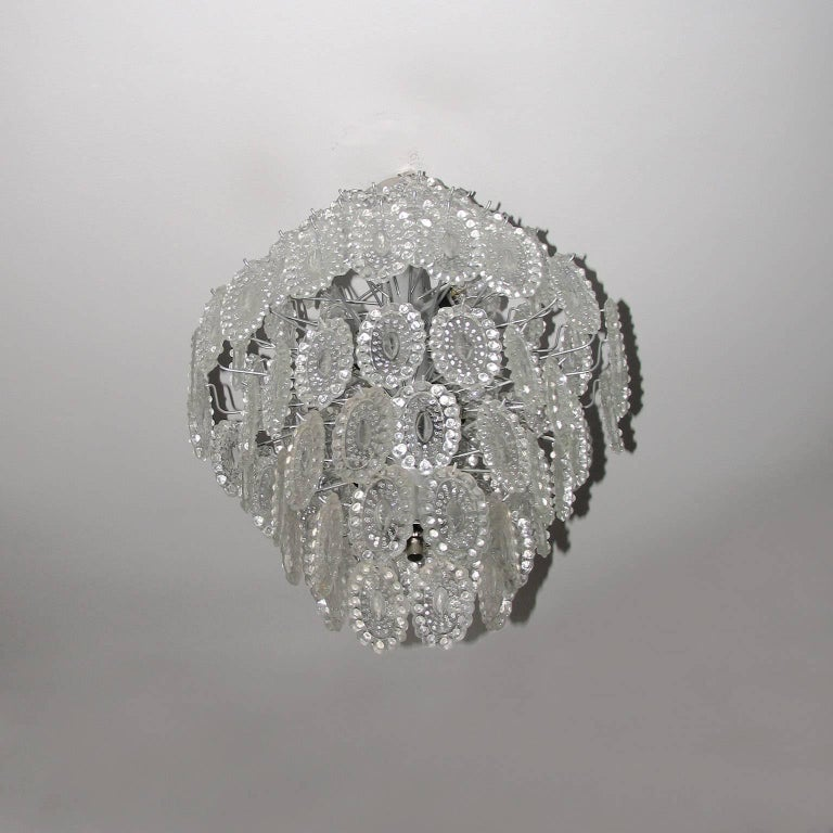 Mid-Century Modern Impressive Crystal Glass European Chandelier For Sale 1