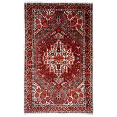 Persian Rug Bakhtiari with Traditional Design