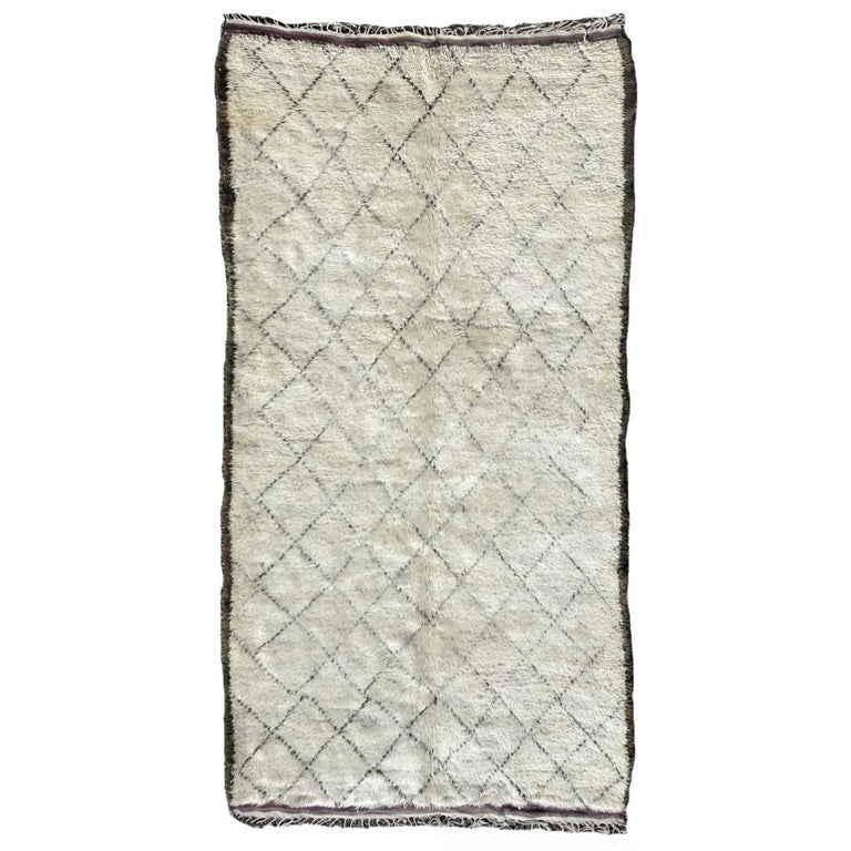 Vintage Moroccan Ivory Wool Rug with Diamond Design For Sale