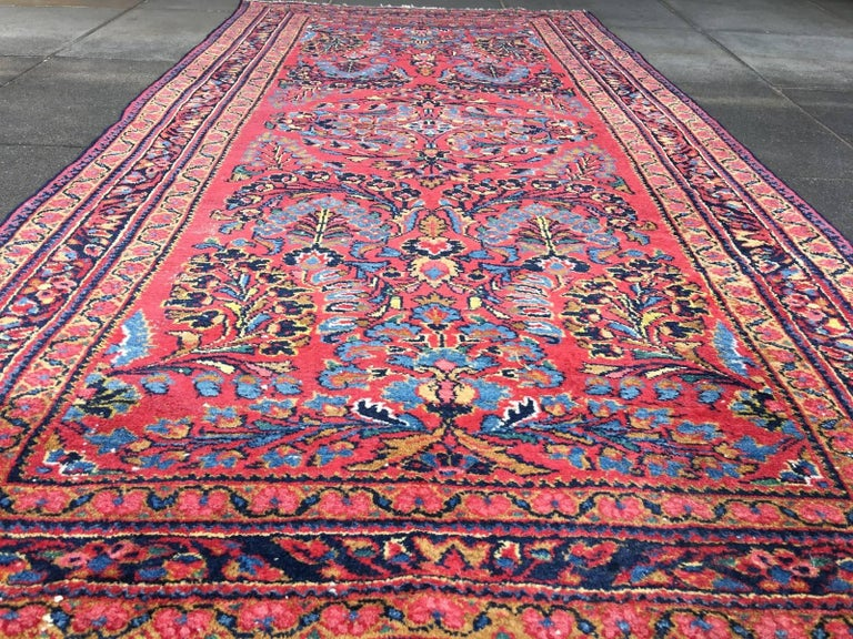 Antique Rug Early 20th Century Lilihan Classic Carpet Red and Blue For Sale 2