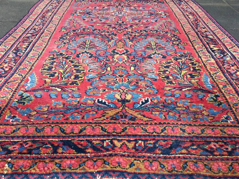 Antique Rug Early 20th Century Lilihan Classic Carpet Red and Blue For Sale 3