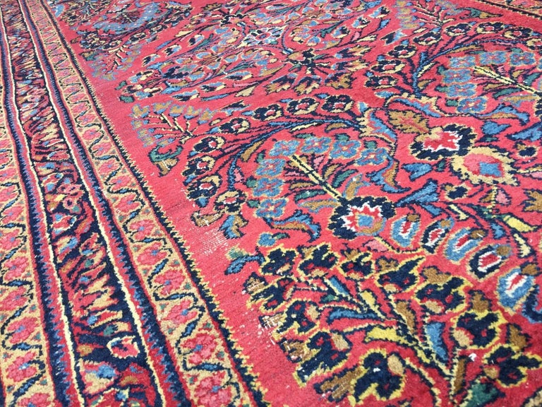 Antique Rug Early 20th Century Lilihan Classic Carpet Red and Blue For Sale 5
