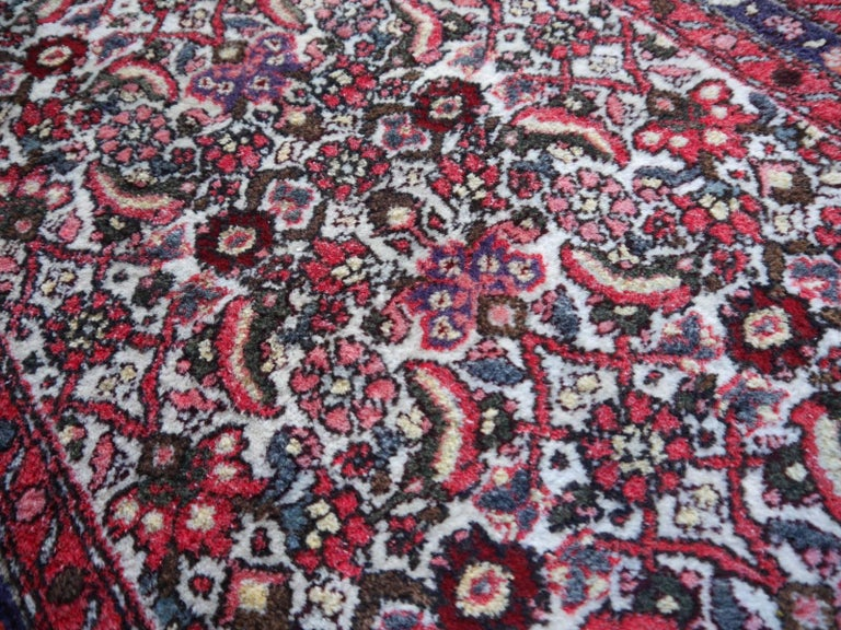 Small Vintage Accent Rug, Oriental Carpet Beige Red and Blue For Sale 1