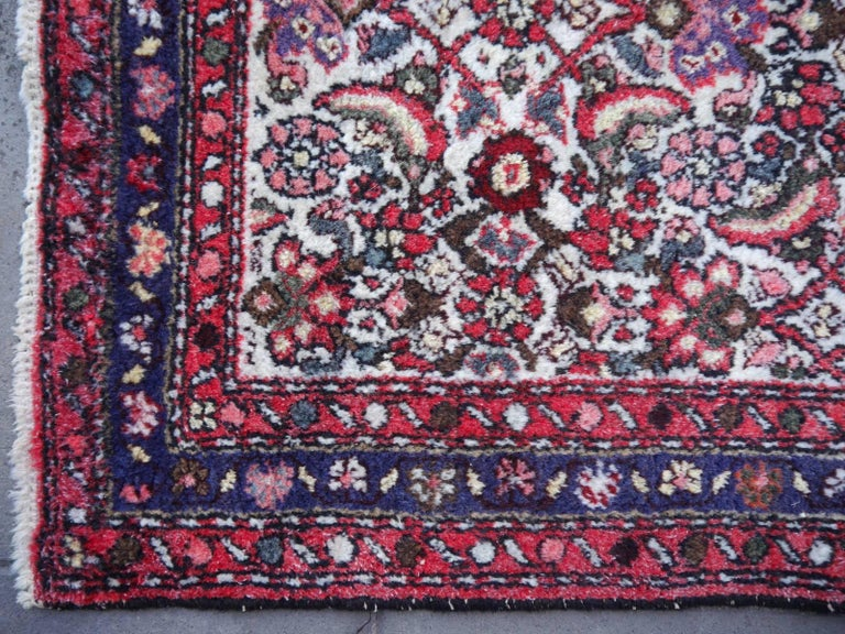 Small Vintage Accent Rug, Oriental Carpet Beige Red and Blue For Sale 3