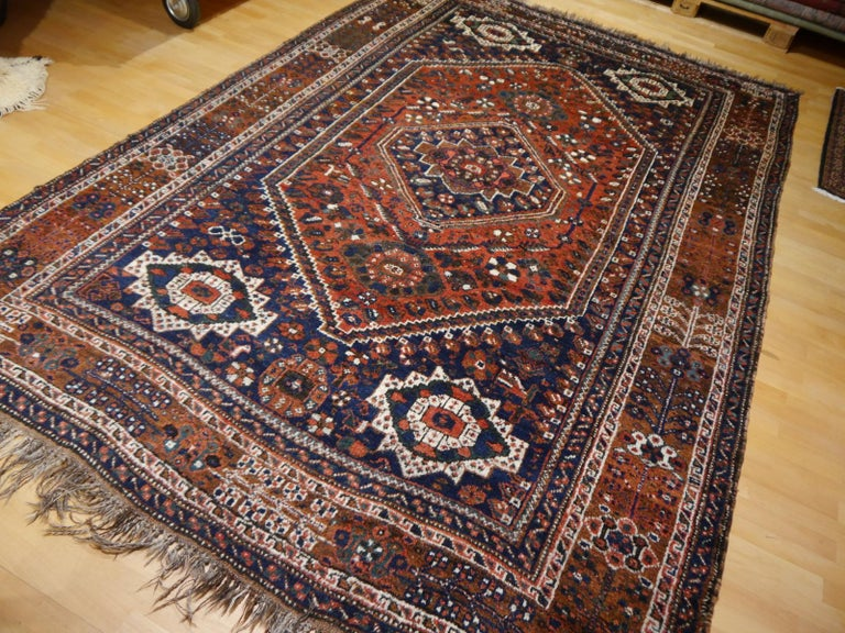 A beautiful tribal nomadic carpet, hand knotted using handspun and vegetable dyes wool. Geometric traditional design with Medaillon.
