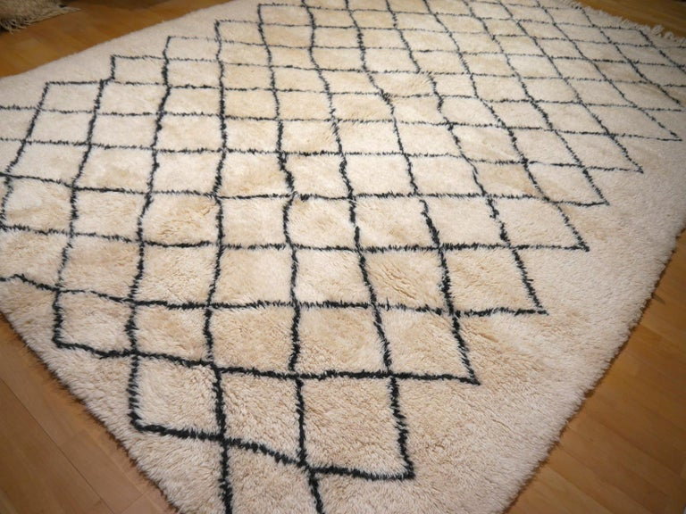 Wool Moroccan Berber Rug Beni Ourain Diamond Design White Black Colors For Sale