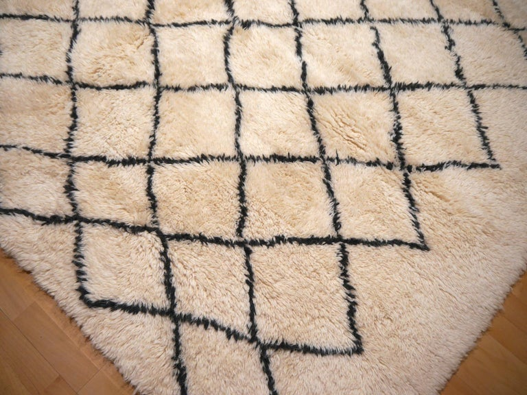Moroccan Berber Rug Beni Ourain Diamond Design White Black Colors For Sale 1