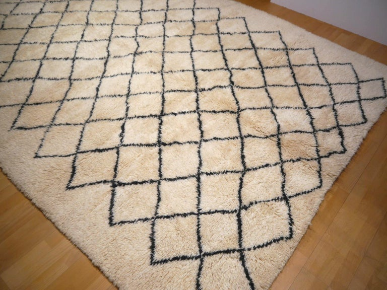 Moroccan Berber Rug Beni Ourain Diamond Design White Black Colors For Sale 3
