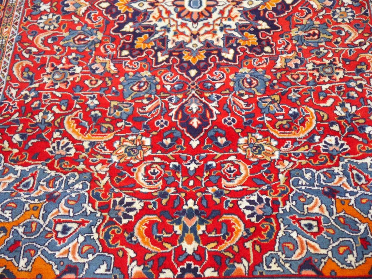 Sarouk Hand-Knotted Oriental Rug Red and Blue In Good Condition For Sale In Lohr, Bavaria, DE