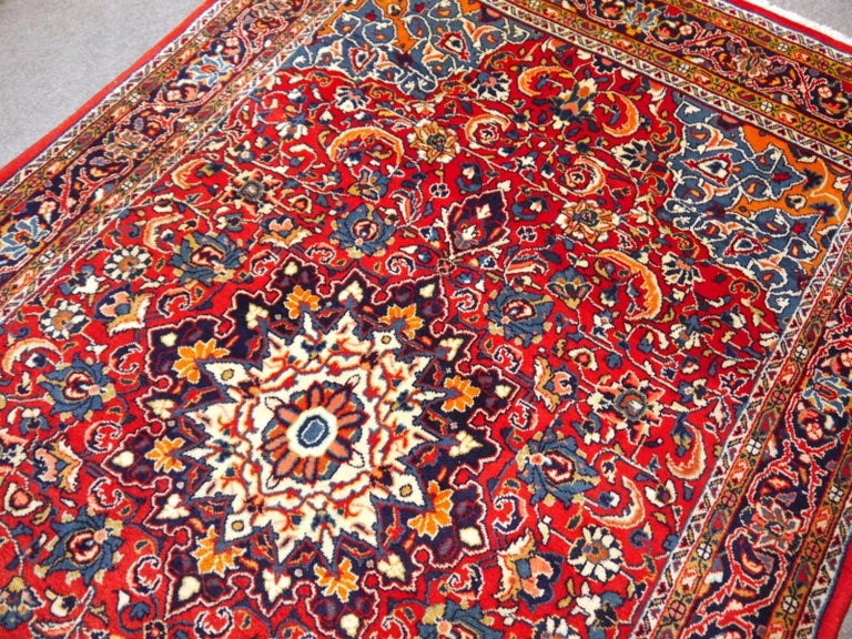 Late 20th Century Sarouk Hand-Knotted Oriental Rug Red and Blue For Sale