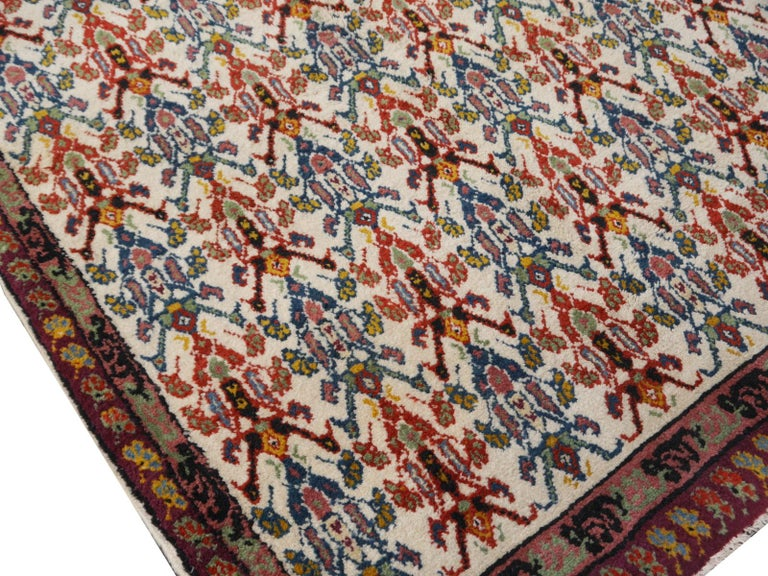 Large North African Moroccan Vintage Rug, Beige, Purple, Gold, Pink Blue In Good Condition For Sale In Lohr, Bavaria, DE