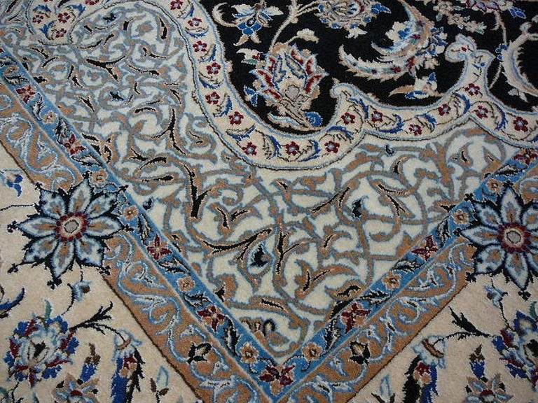 Very Fine Nain Rug For Sale 3