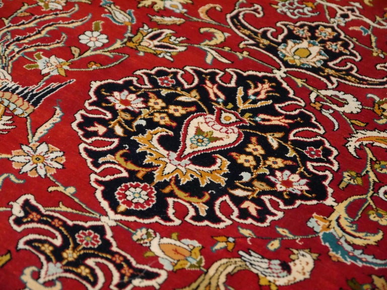 Pure Silk Hereke Ozipek Turkish Rug Signed In Excellent Condition For Sale In Lohr, Bavaria, DE