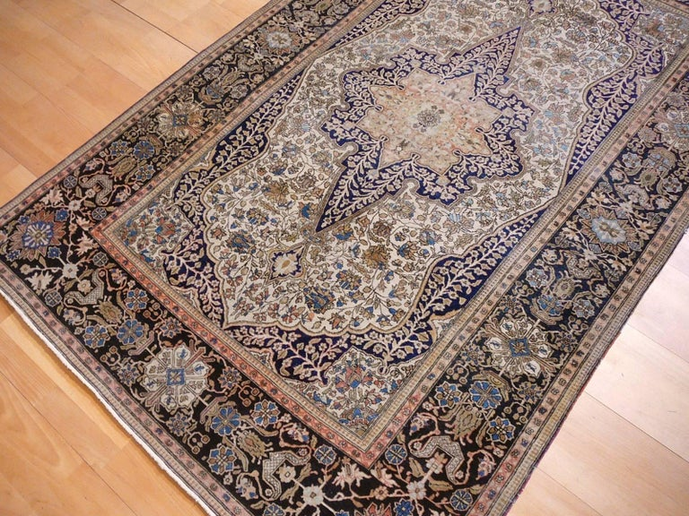 19th Century Mohtasham Kashan Fine and Rare Collectors Rug For Sale 12