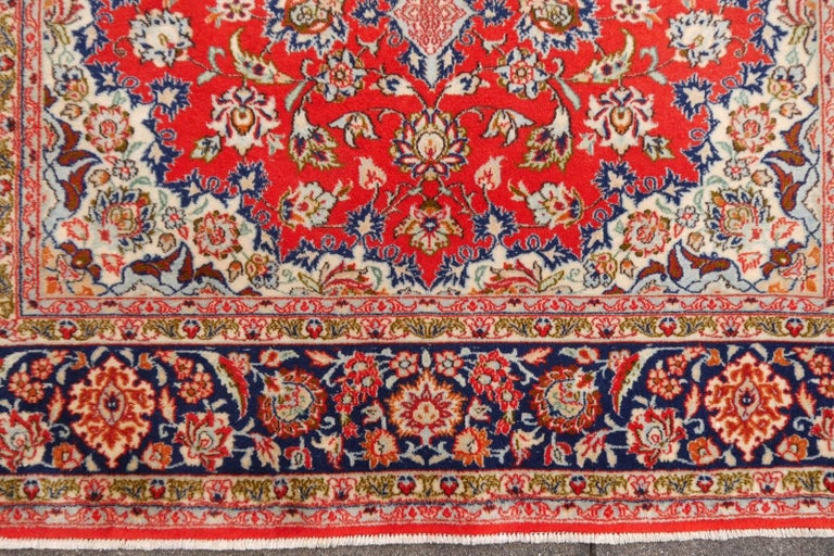 Isfahan Persian Wool and Silk Rug For Sale 2