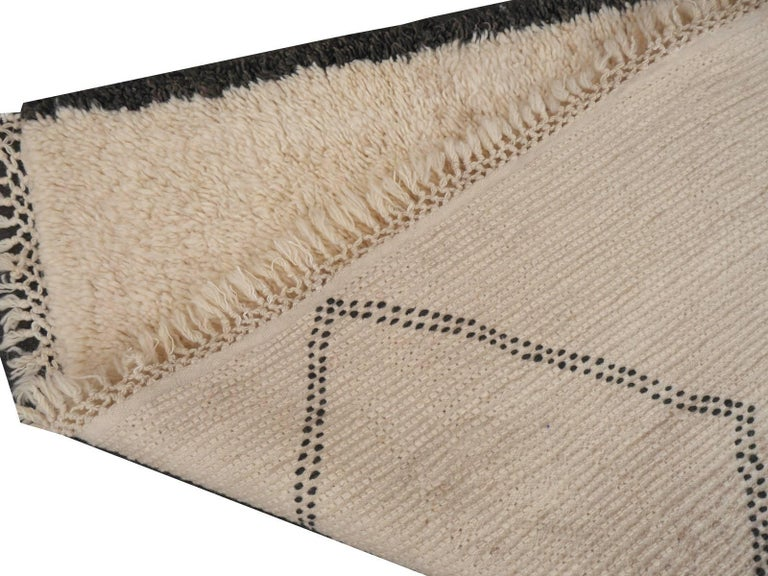 Contemporary North African Moroccan Berber Rug Ivory and Dark Brown 7