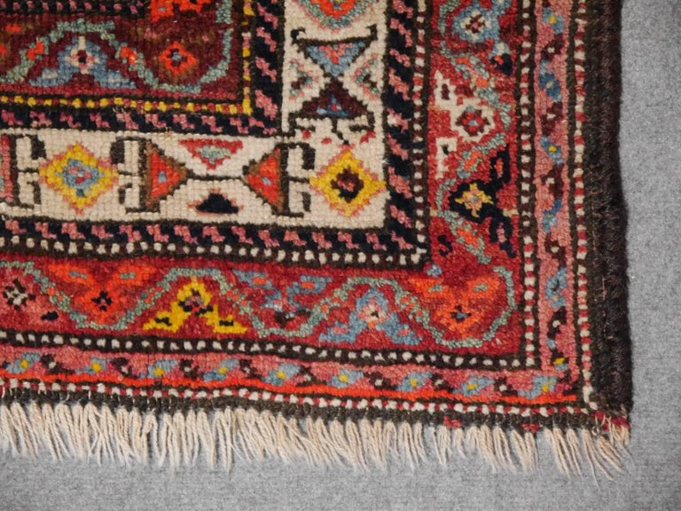 Persian Rug Qashqai Tribal Hand-Knotted Antique Wool Carpet In Good Condition For Sale In Lohr, Bavaria, DE