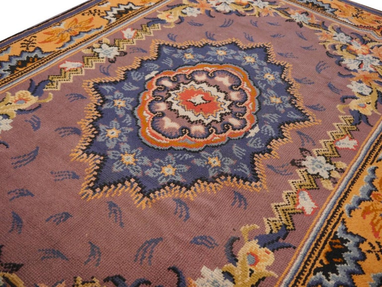 Art Nouveau Hand-Knotted Western European French Design Wool Rug In Good Condition For Sale In Lohr, Bavaria, DE