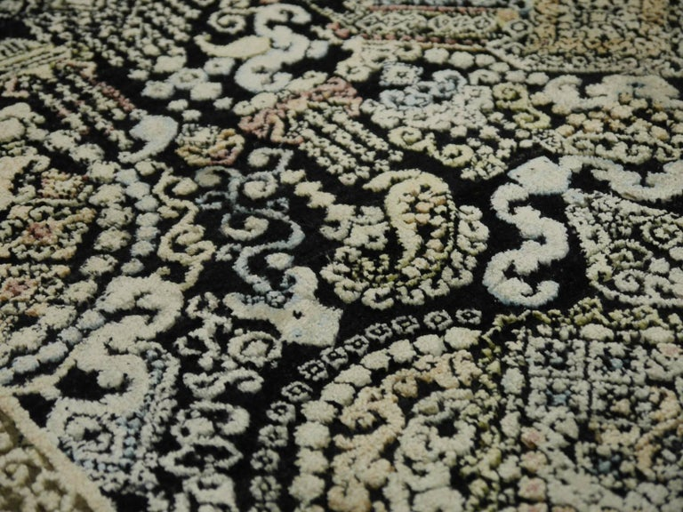 Kohinoor Hand-Knotted Wool and Silk Rug from India 10