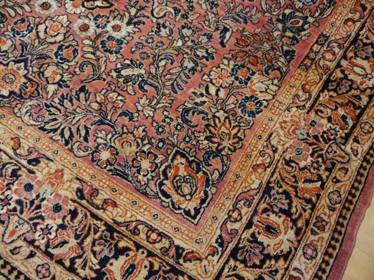 Antique Rug Early 20th Century Classic  Carpet For Sale 1