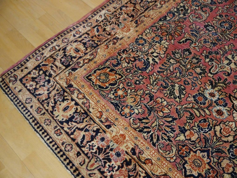 Antique Rug Early 20th Century Classic  Carpet For Sale 3