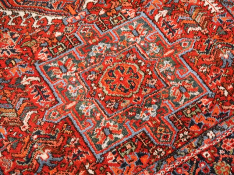Heriz Persian Antique Rug In Excellent Condition For Sale In Lohr, Bavaria, DE