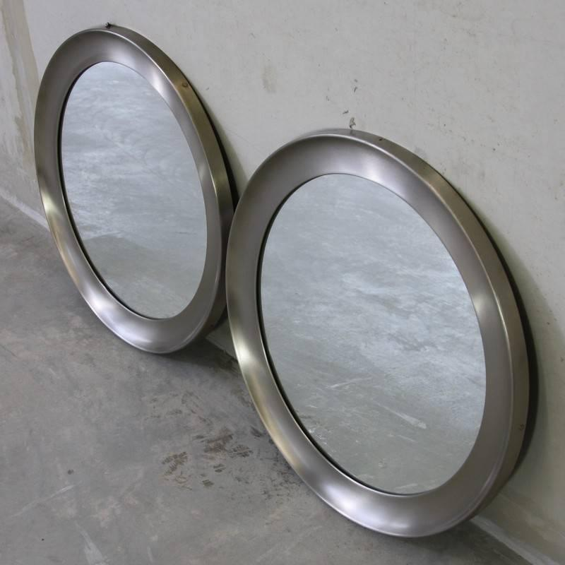 Pair of italian mirrors 1970s for sale at 1stdibs - Tisch oval weiay ...