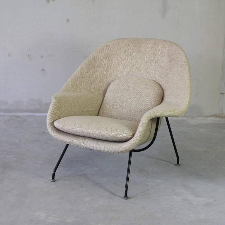 original eero saarinen womb chair and foot stool knoll circa 2