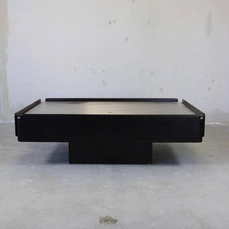Gavina Coffee Table 'Black' Designed by Vico Magistretti, 1962 For Sale 1