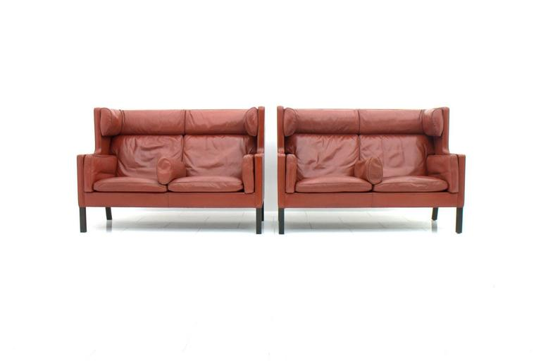 Scandinavian Modern One of Two Børge Mogensen Coupe Leather Sofa, 2192, Frederica, Denmark 1971