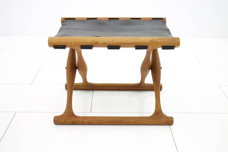 Poul Hundevad Folding Stool, Teak and Leather For Sale 1