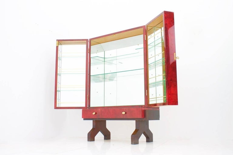 Brass Illuminated Dry Bar by Aldo Tura In Red Goatskin, Italy, 1960s For Sale