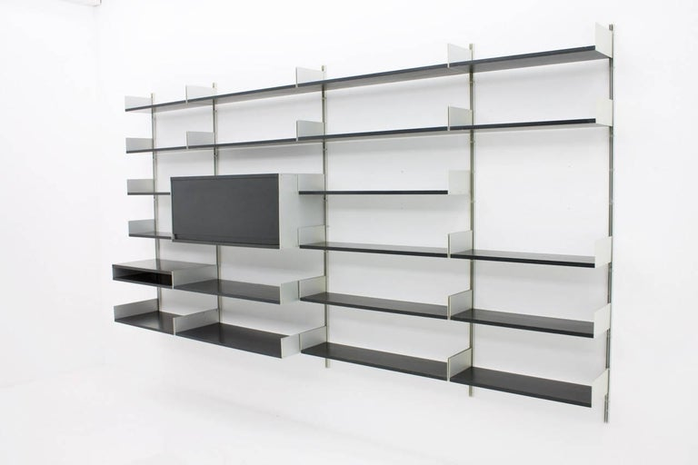 black shelf system 606 by dieter rams vitsoe 1966 for sale at 1stdibs. Black Bedroom Furniture Sets. Home Design Ideas