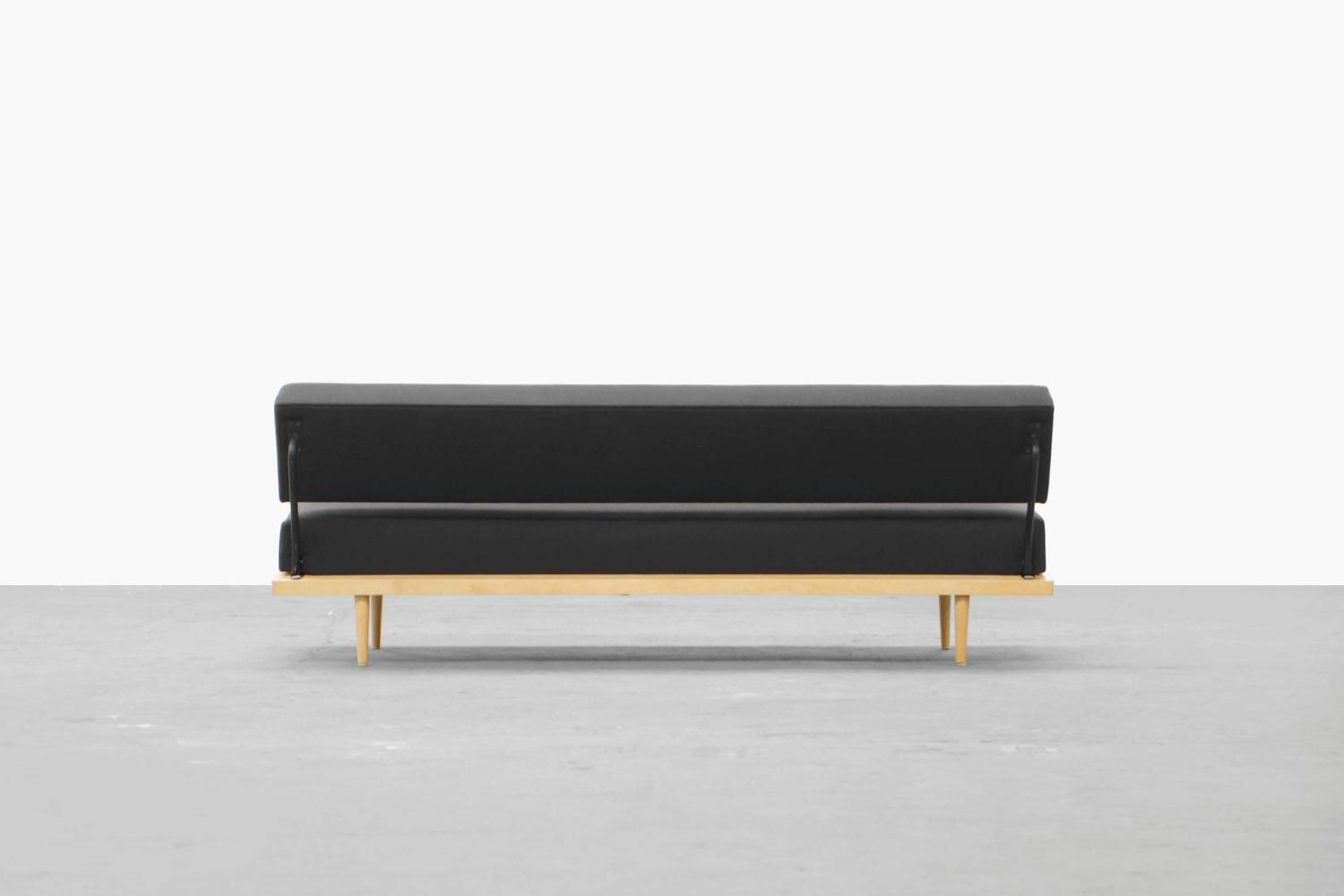 Daybed Sofa By Florence Knoll For Knoll International