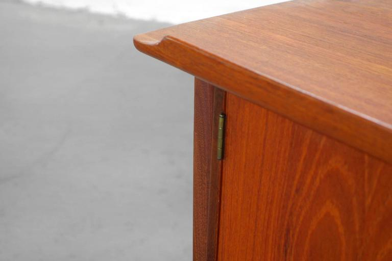 Teak Desk by Svend Aage Madsen Typ 200 Danish Modern, 1960s For Sale 5